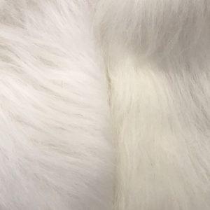 Webpelz Stoff als Meterware Preiswert weiß langhaariges Kunstfell – AC356-White