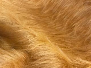 Webpelz Stoff als Meterware Preiswert honigbraun langhaariges Kunstfell – AC356-Honey