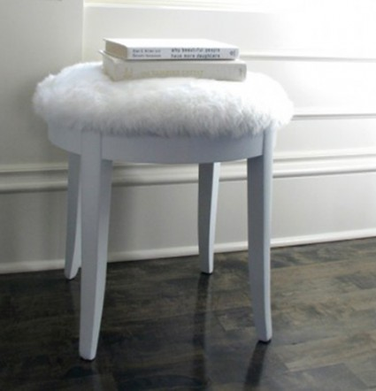 faux-fur-stool-1-e1455616368566
