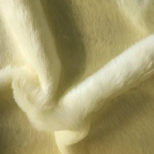 Webpelz Stoff als Meterware Kunstpelzstoff magnolie weiß super Preis-Leistungs-Verhältnis – YF 286/1 Magnolia