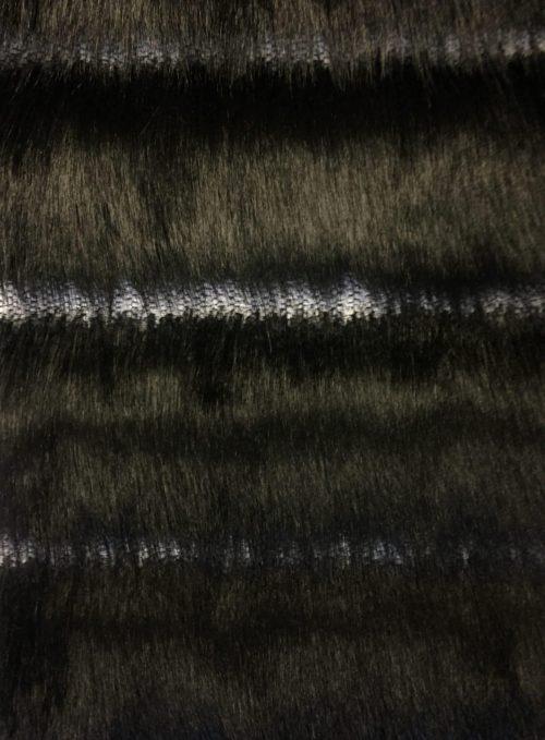 Günstig kaufen Schwarzer Kunstpelzstoff mit langen Haaren, mit vertikalen Streifen – 7557 Black/White