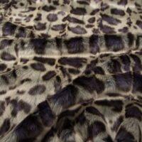 Luxus Webpelz Violetter Leopard Webpelzstoff am laufmeter – 1652 Damson
